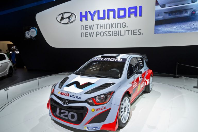 Brussels Expo Hyundai Thierry Neuville i 20 trade fair event photography by Cedric Paquet